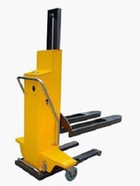 Self-lift stacker ESL